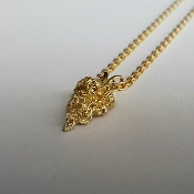 18K Yellow Gold Pointed Pendant Necklace